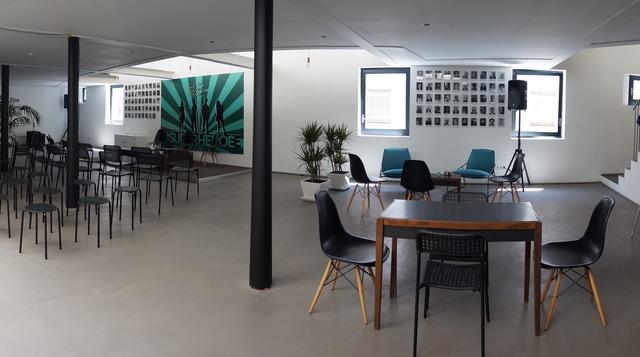 Espacio para Conferencias y presentación de producto