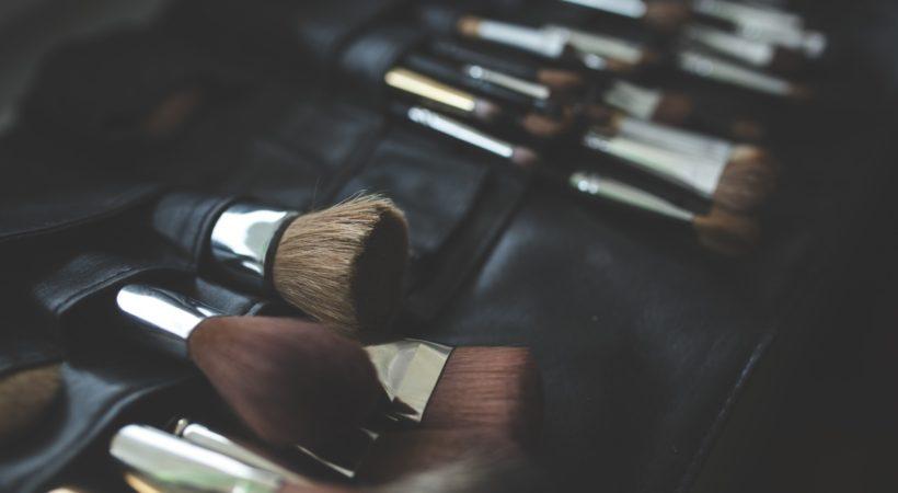 organizar curso de maquillaje